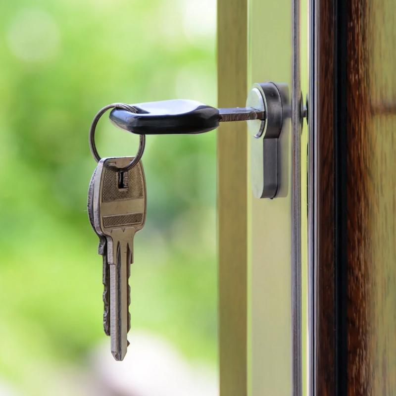 Keys-door